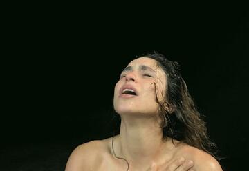 תיאטרון תמונע - שותקת בישראל