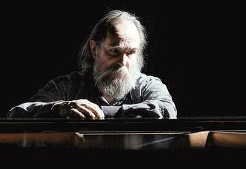 פסנתרן ומלחין לובומיר מלניק בישראל
