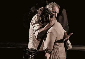 תיאטרון קרוב - אחת מעשר - סאטירה חברתית בישראל